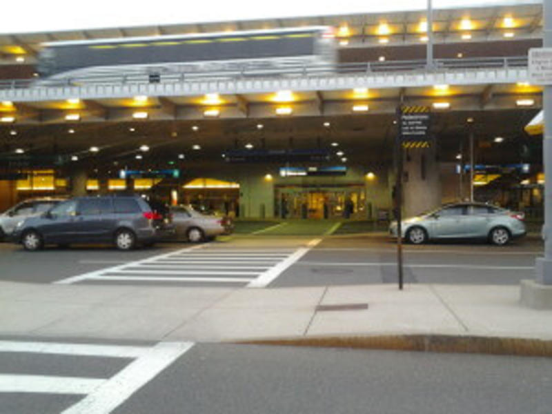 Boston Airport Car Service | Boston Executive Limo Service